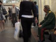 Азербайджанский двойник Сталина избил Ленина