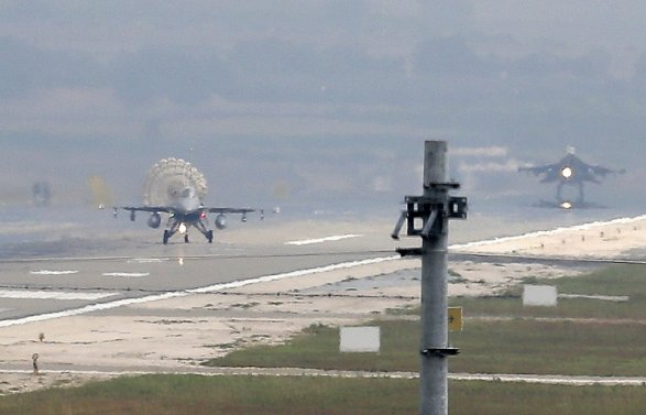 Самолеты американских ВВС будут совершать налеты на ИГ из Турции