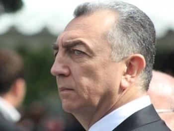 Эльдар Азизов отправлен в отставку