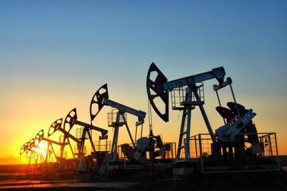 Цена на нефть Brent упала ниже минимума июля 2004 года