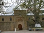 В Дербенте имам пытался изнасиловать девушку в мечети