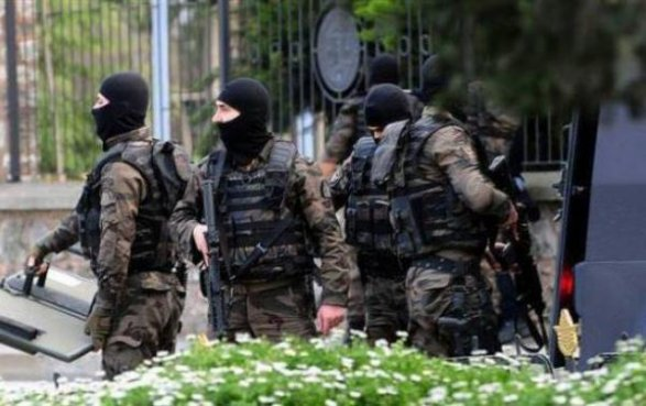Теракты вАнкаре: Турецкий премьер проинформировал об11 задержанных