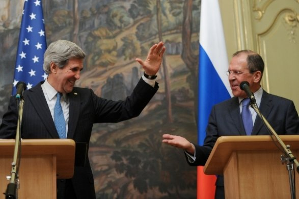 Лавров иКерри навстрече вМоскве обсудили судьбу Савченко