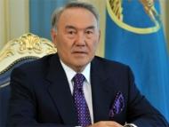 Назарбаев поздравил Ильхама Алиева