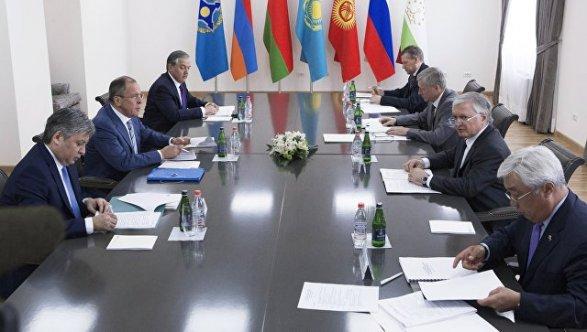Сергей Лавров примет участие в совещании СМИД ОДКБ