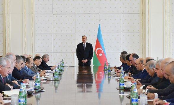 Алиев: укрепление отношений Азербайджана иРФ— главная задача 2-х стран