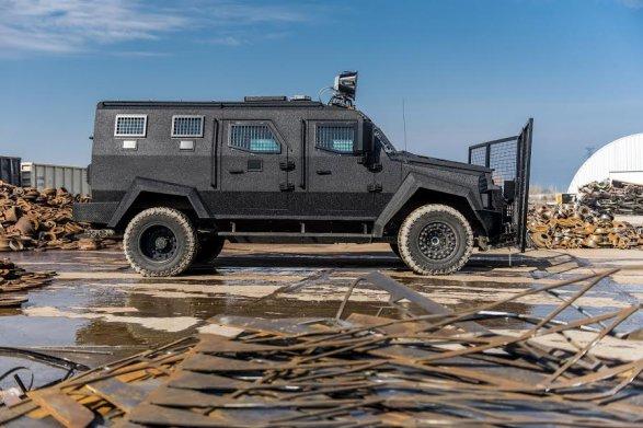 МВД Азербайджана получило новый бронетранспортер AZCAN