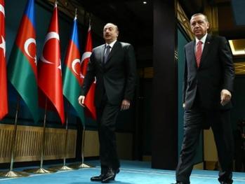 По Алиеву и Эрдогану стреляли с одной площадки