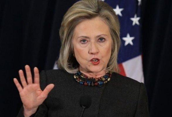 СМИ порекомендовали кандидату впрезиденты США Клинтон закончить гонку из-за здоровья