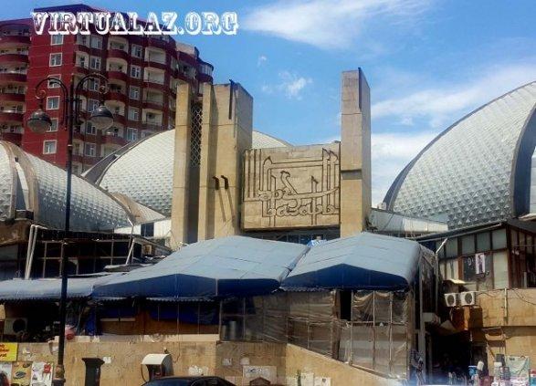 Баку - отсутствие покупателей и закрывающиеся магазины 79690e85ec5