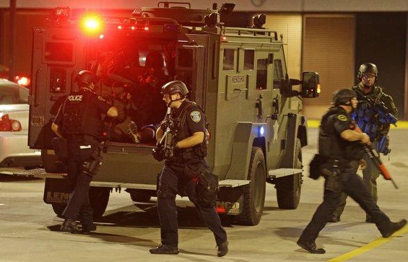 ВМилуоки насевере США убийство афроамериканца привело кбеспорядкам