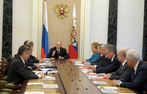 МИД Украины подготовил ноту протеста всвязи свизитом В. Путина вКрым