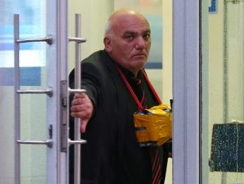 Захвативший заложников Арам Петросян обратился к Путину