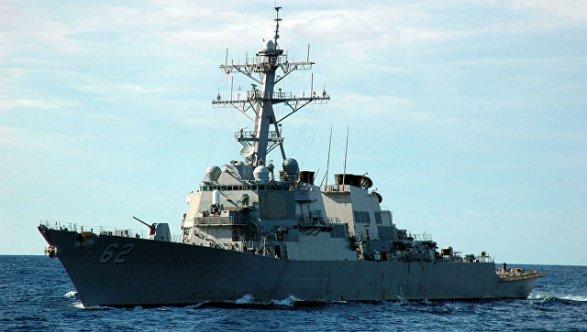 Американский патрульный корабль открыл огонь из-за приближения иранских катеров