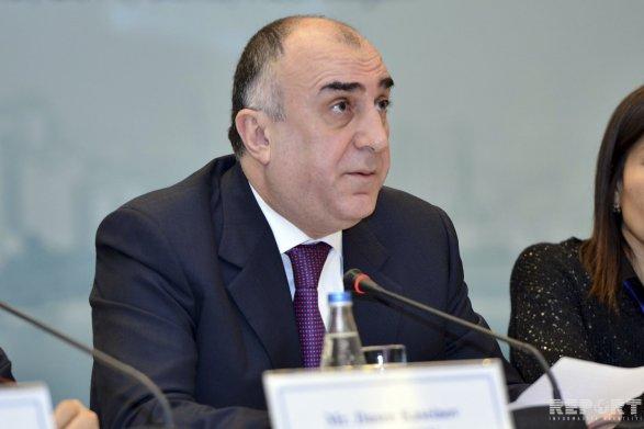 Эльмар Мамедъяров пообещал «шенген» для журналистов