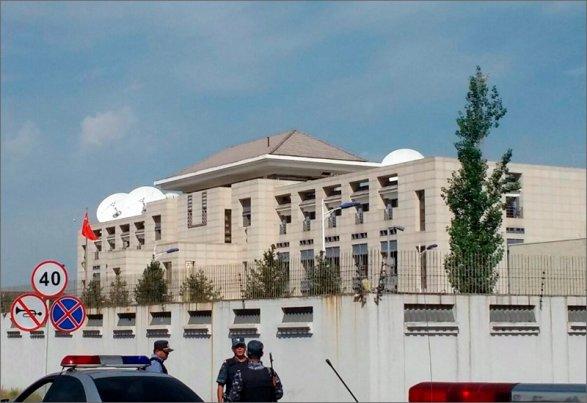 Китайская народная республика шокирована взрывом усвоего посольства вБишкеке