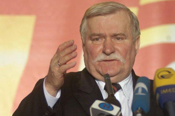 Экс-президент Польши: власти республики ведут страну кгражданской войне