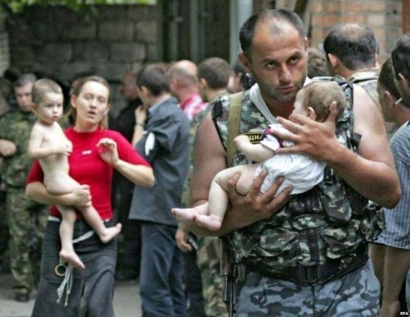 ВСеверной Осетии будут судить матерей, надевших футболки «Путин— палач Беслана»