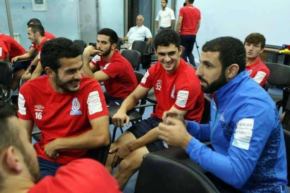 Азербайджан победил Сан-Марино вдебютном матче Шейдаева иМахмудова