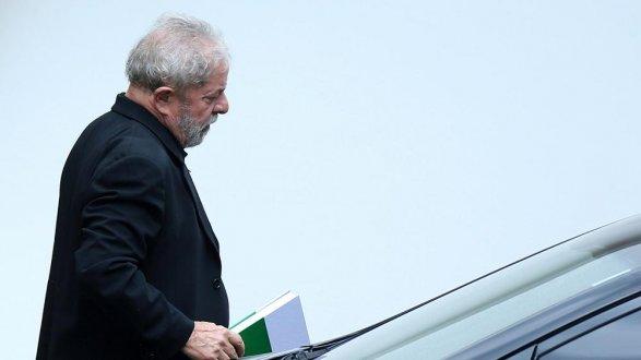 Импичмент Дилмы Роуссефф спровоцировал вБразилии массовые беспорядки