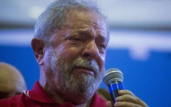Прежнего президента Бразилии будут судить поделу окоррупции иотмывании денежных средств