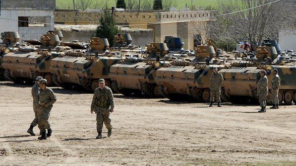 Турция бережет свою пехоту вбоях стеррористами вСирии