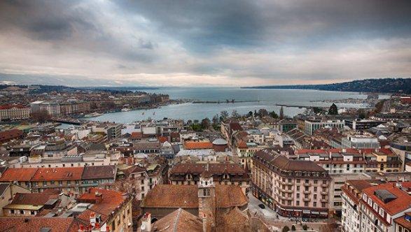 Швейцарцы отказались от поднятия пенсий иподдержали увеличение полномочий разведслужб