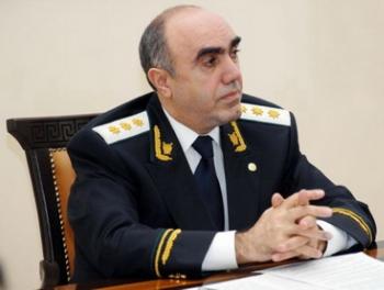 Луценко звонит Закиру Гаралову… но убийства азербайджанцев продолжаются