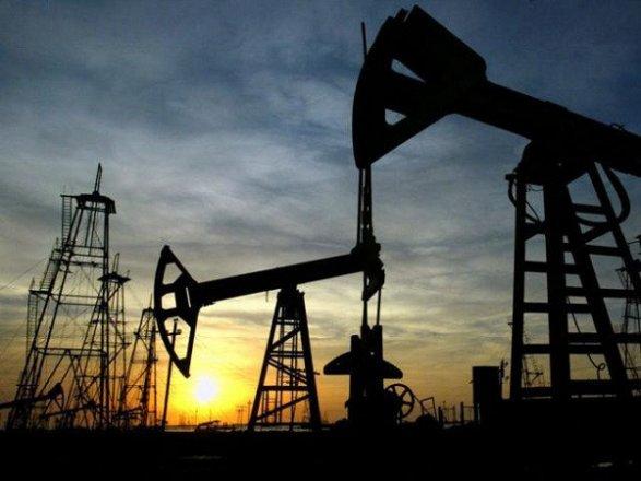 Страны ОПЕК рекордно увеличили уровень добычи нефти осенью