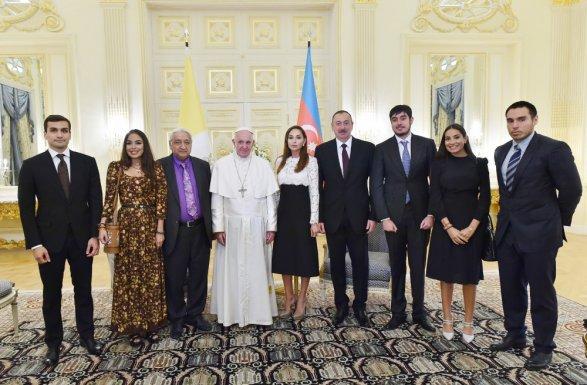 Президент Алиев назвал Азербайджан отчизной всех проживающих там народностей