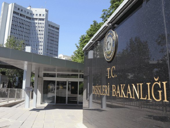 Пресс-секретарь Эрдогана: Турция непретендует наземли Ирака или Сирии