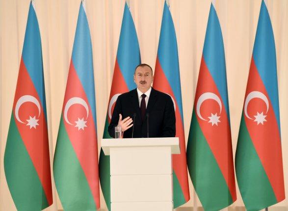 Алиев овступлении вЕврАзЭС: ничего исключать нельзя