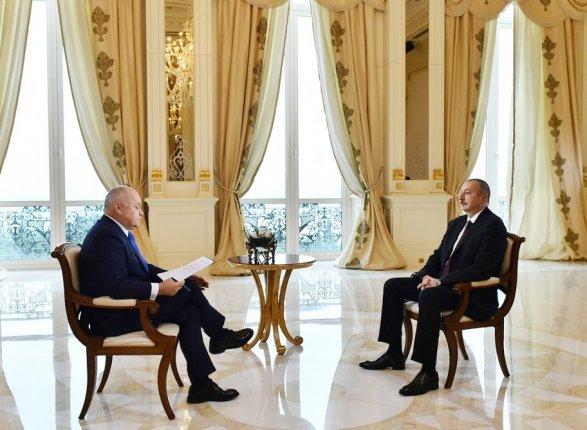 Ильхам Алиев: «Если мыдоговоримся, Карабах может быть автономной республикой»