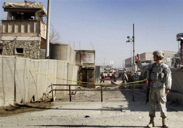 ВКабуле неизвестный открыл огонь повоенным НАТО, есть жертвы ираненые