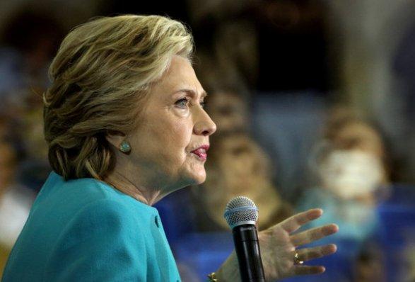 ФБР возобновило расследование электронной переписки Клинтон