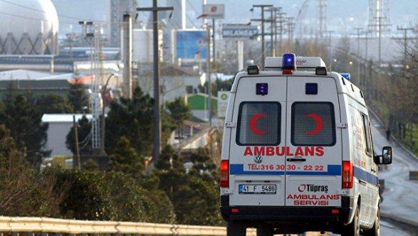 Наюге Турции произошел взрыв управительственного здания, ранен губернатор