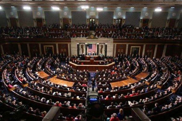 Съезд США принял закон осанкциях против Сирии иеесоюзников