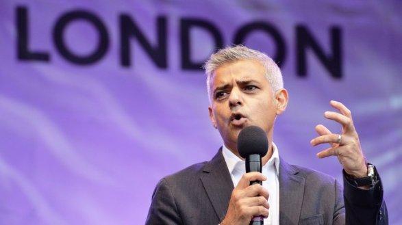 Мэр Лондона потребовал с Фольксваген  денежных средств  заиспорченный воздух