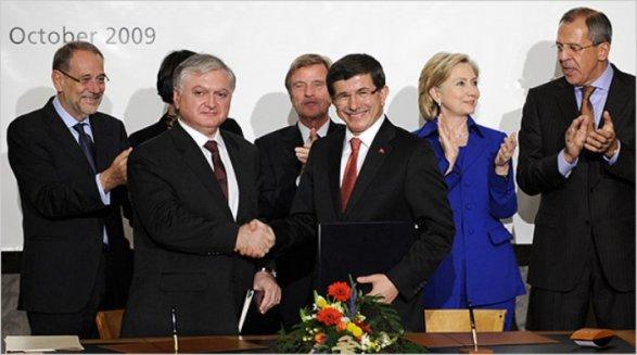 Европейский парламент одобрил резолюцию озаморозке переговоров сТурцией