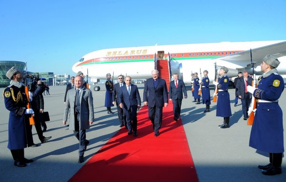 Президент Белоруссии Александр Лукашенко посетил Центр Гейдара Алиева