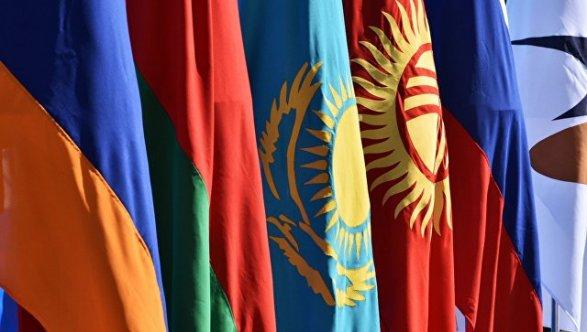 Киргизия объясняет промедление сподписанием Таможенного кодекса ЕАЭС «техническими моментами»