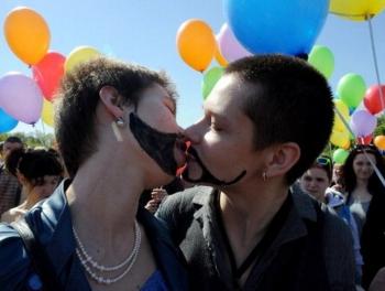 Сексменьшинства начали кампанию против Азербайджана