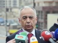 Гаджибала Абуталыбов предложил журналистам не критиковать, а рыть каналы