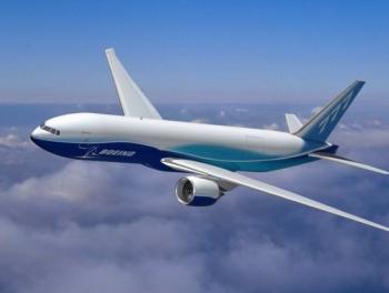 Летевший в Москву самолет экстренно сел в Баку