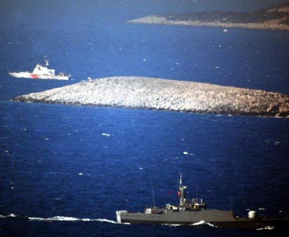 Турецкие военные корабли пробрались втерриториальные воды Греции