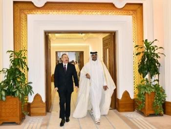 Ильхам Алиев на переговорах с эмиром Катара фото