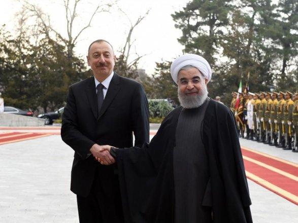 Состоялась встреча президентов Азербайджана иИрана врасширенном составе ОБНОВЛЕНО