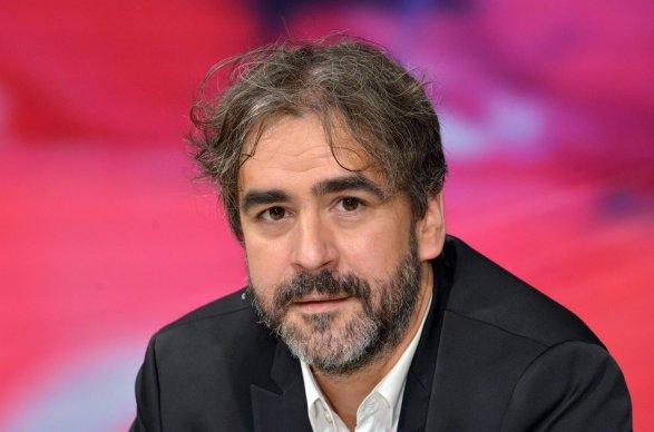 Министр поделам семьи Турции отправится вНидерланды наземным транспортом