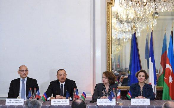 Алиев считает неприемлемым деятельность французских компаний вНагорном Карабахе