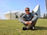 Американский блогер рассказал как отдохнуть в Баку на 10 долларов